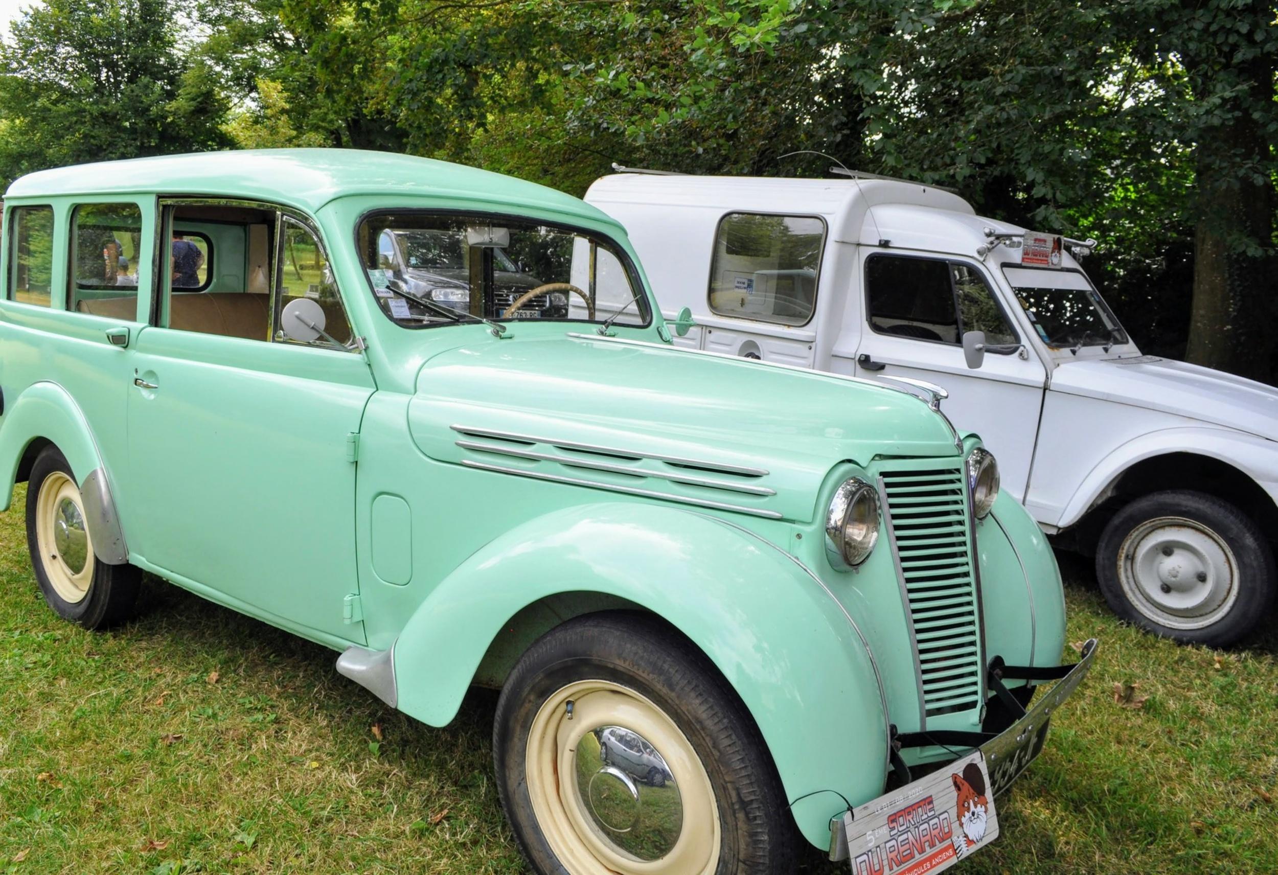 1 août 2020 : passage de véhicules anciens - Saint Martin des Prés